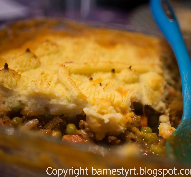 Oppskrift :: Hyttepai, eller kjøttdeig med ting og potetmos, eller cottage pie