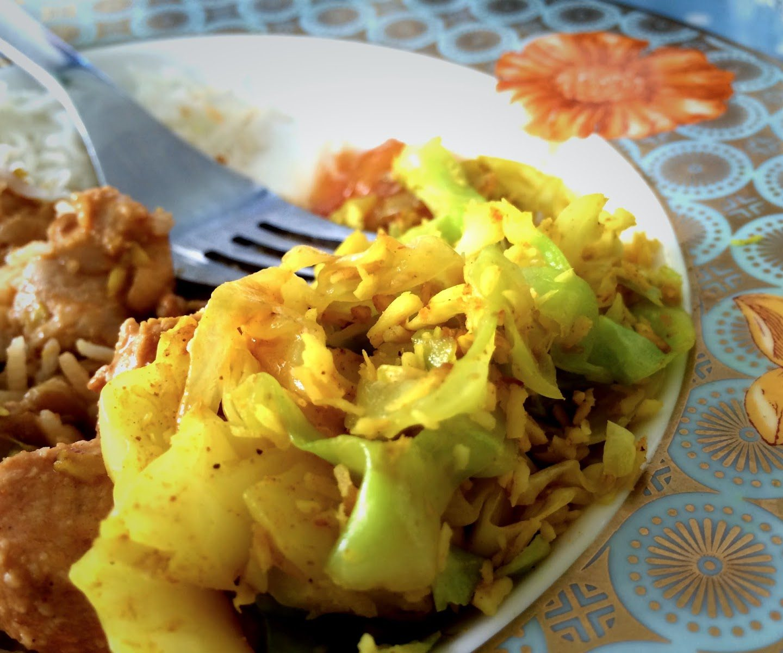 Oppskrift :: Gul kål med kokos fra Sri Lanka
